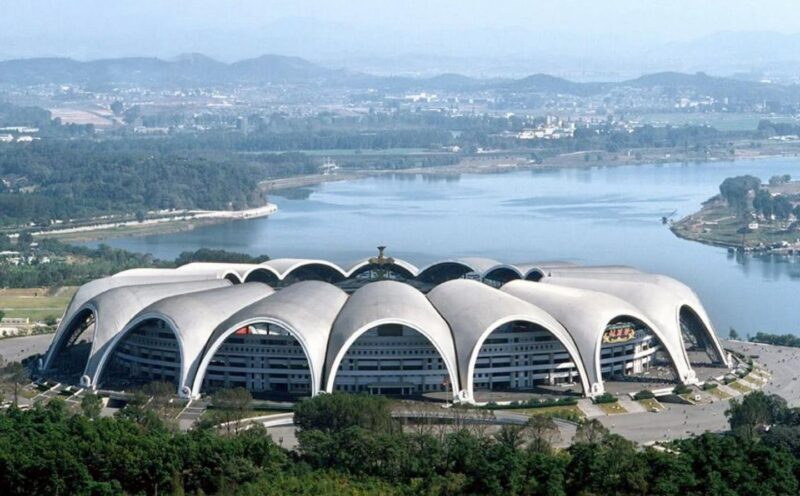 largest stadium